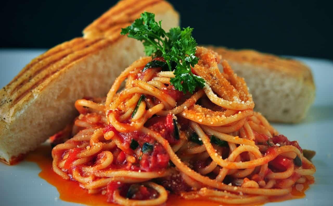 פסטה רוטב עגבניות